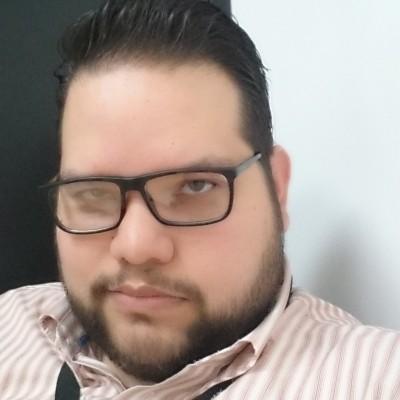 Luis Carlos V.