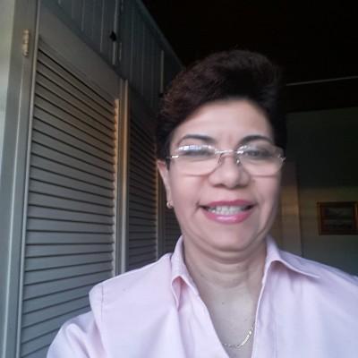 Lina L.