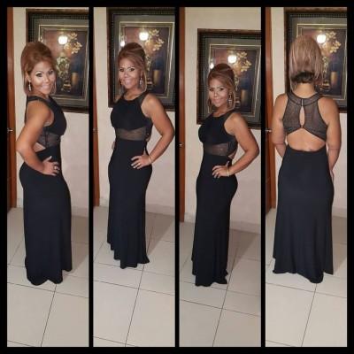Vicky S.