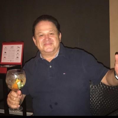 Juan José L.