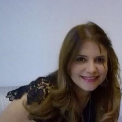 Tania Estela R.