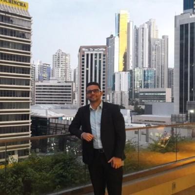 Andrés Miguel R.