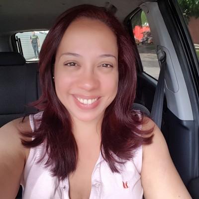 Lizette V.