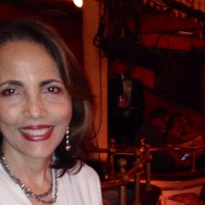 Ivonne R.