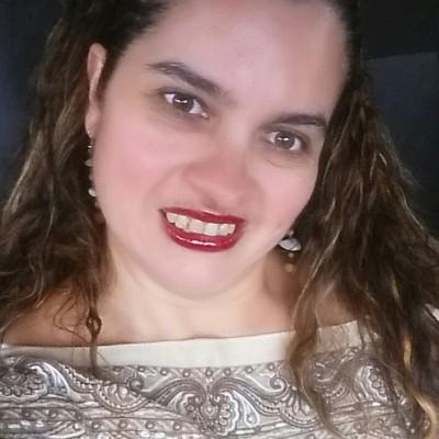 Rafaella B.