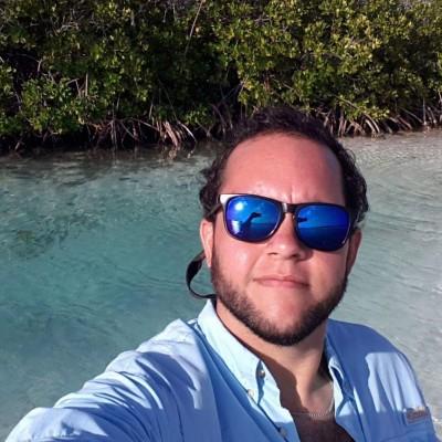 Andrés D. S.