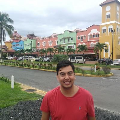 Santiago R.