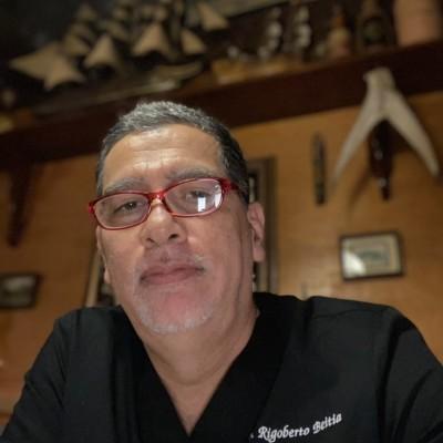Rigoberto B.