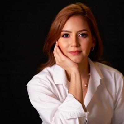 Karina C.