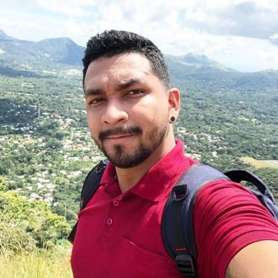 Juan Adolfo O.