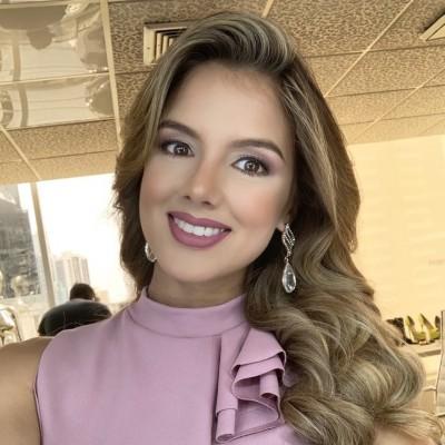 Ana Lucía T.