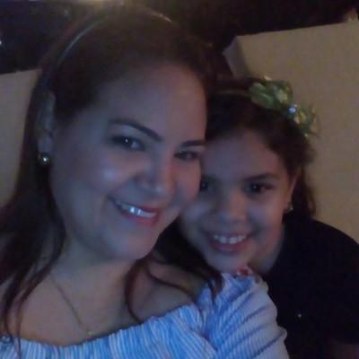 Mayra C.