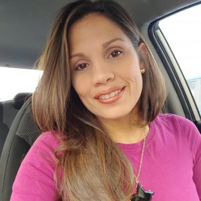 Carolina A.