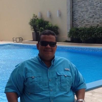 Roberto H.