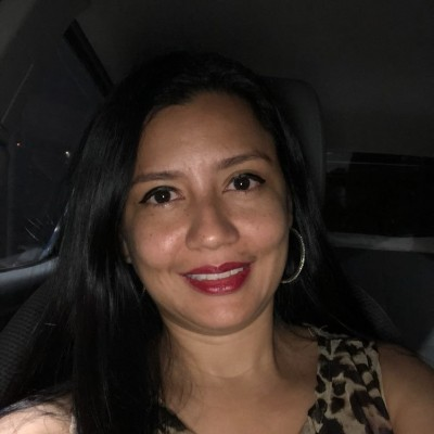 Vanessa G.