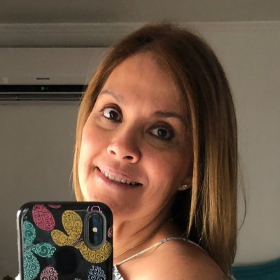 Anita F.
