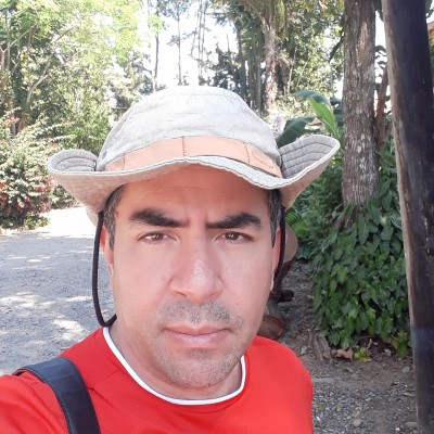 Alvaro R.