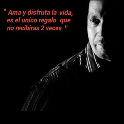 Roberto L.