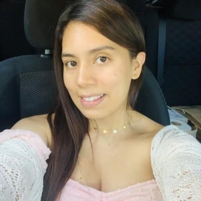 Luz G.