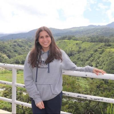 Valeria D.