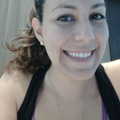 Andrea G R.