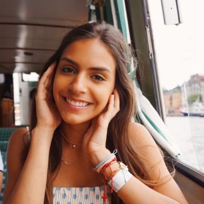 Alessia V.