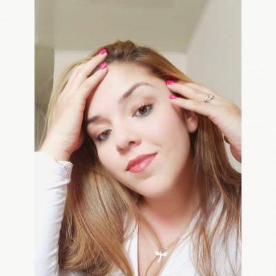 Luisana D.