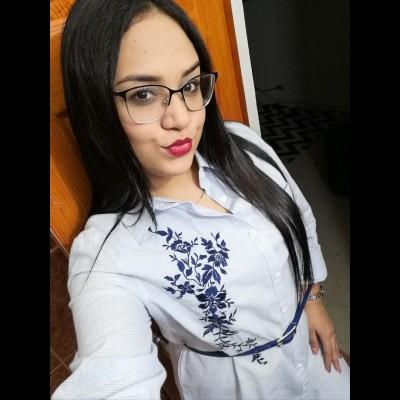 Oriana R.