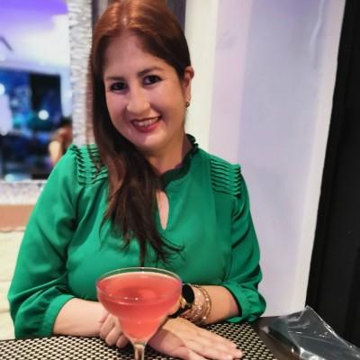 Ana Victoria G.