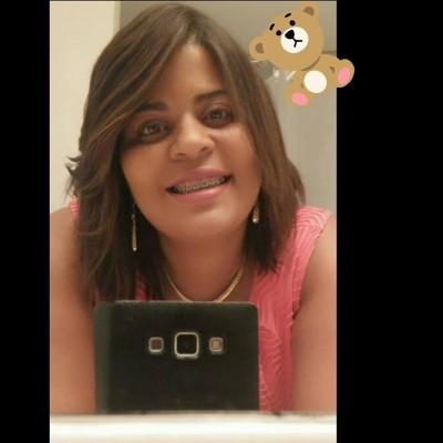 Aida S.