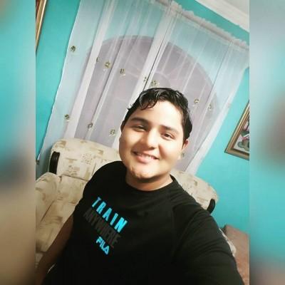 Maximo E.