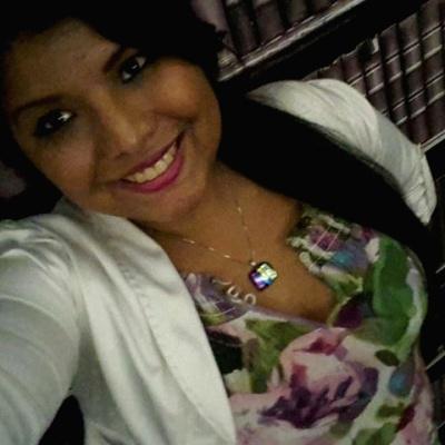 Mariangie R.