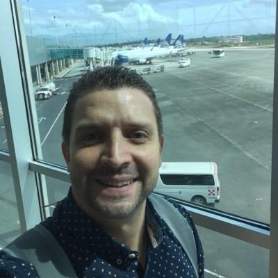 Carlos Urdaneta P.