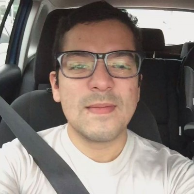 Raúl R.