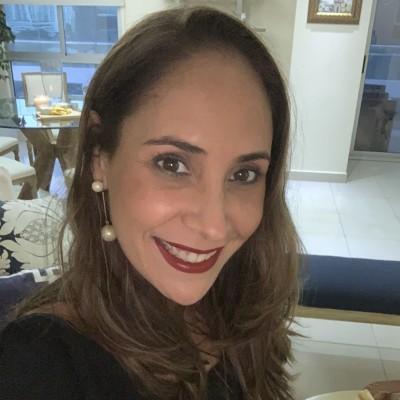 Yolanie M.