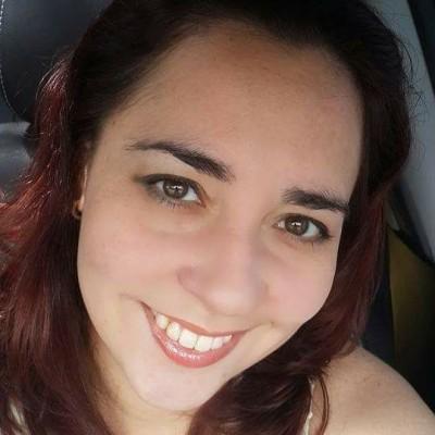Ana Deisy R.