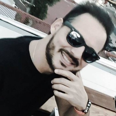 Rodolfo M.