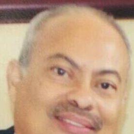 Tomás V.