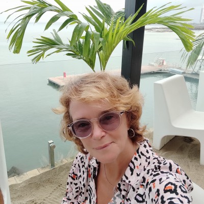 Silvia D.