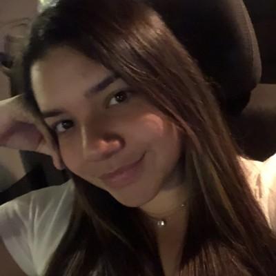 Ana Gabriela J.