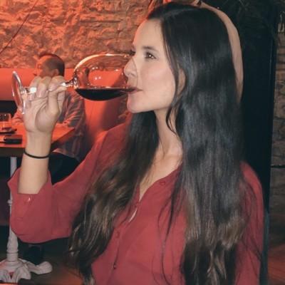 María Paola D.