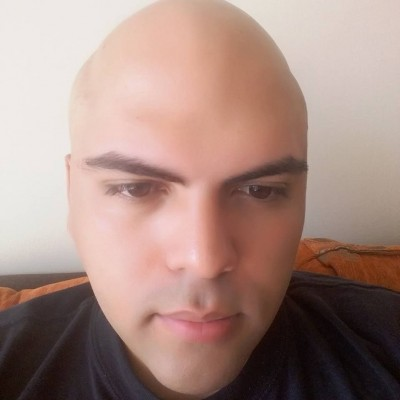 Rubén E.