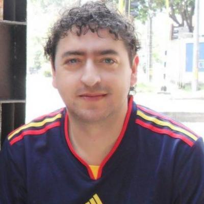 Juan Leonardo A.