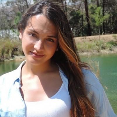 Maria Camila R.