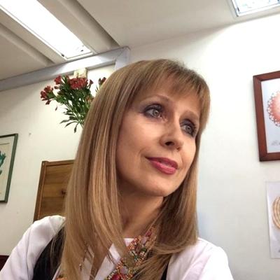 Ildiko A.