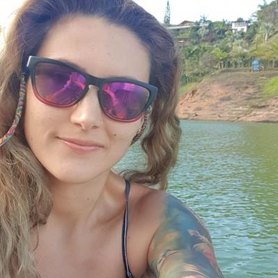 Angela Maria O.