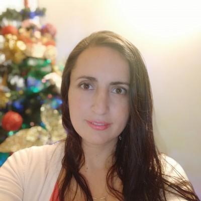Liana R.