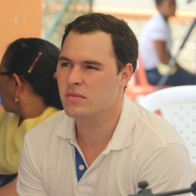 Luis Oreste B.
