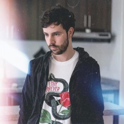 Julián R.