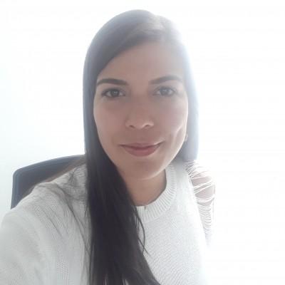 Ma. Gabriela G.